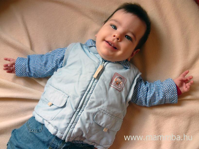 49cf02466e Kipróbáltuk!: Ruha-sziget webáruház | MammBa - A baba és kisgyerek ...